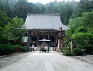 100728risshakuji_hondou
