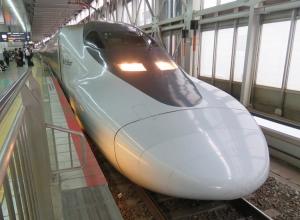 181109_700kei_hikari_railstar1
