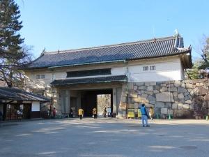 201206nagoyajou_seimonura