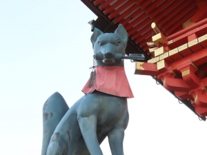 201208fushimi_inari_kitsune4