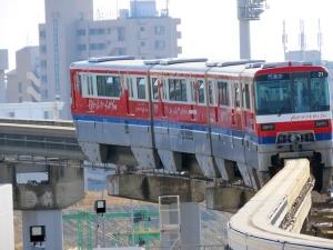 201210osaka_monorail_1000kei2c